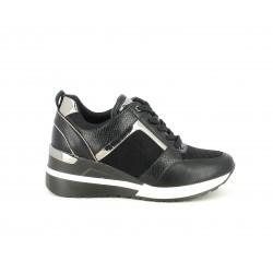 Zapatillas deportivas D'Angela negra con detalles plateados y cuña interior