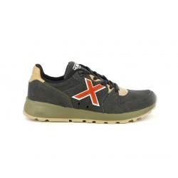 Zapatillas deportivas MUNICH negras con detalles en naranja y marrones - Querol online
