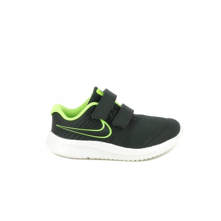 Zapatillas deporte Nike antracita con detalles en verde flourescente - Querol online