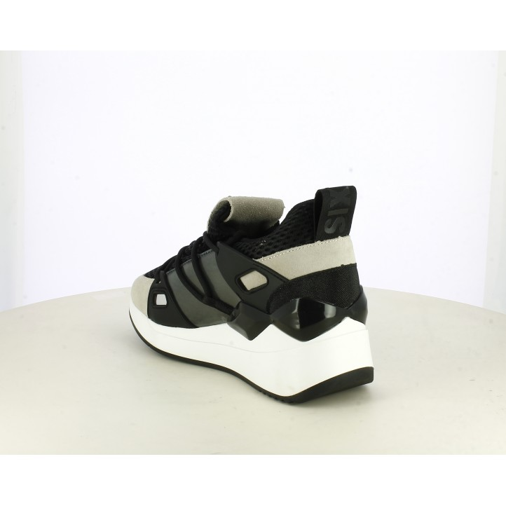 Zapatillas deportivas SixtySeven 67 negras con cordones redondos. cuña de 5 cm - Querol online