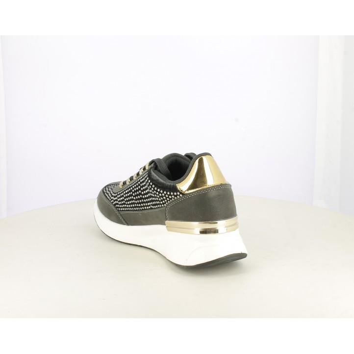 Zapatillas deportivas Xti grises con crodones, suela con cuña de 4cm . detalles con piezas met - Querol online