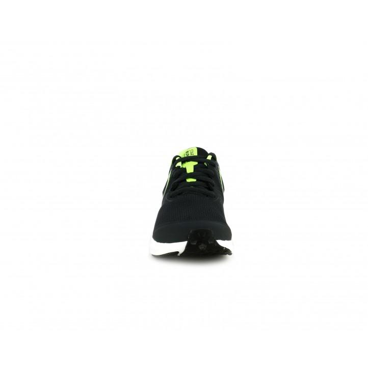 Sabatilles esport Nike negres amb detalls en verd flourescent - Querol online