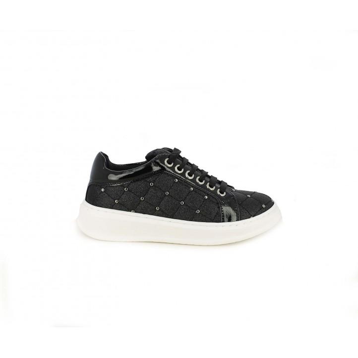 Zapatillas deporte QUETS! negros con cordones y cremallera en tejido brillante - Querol online