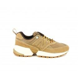 Zapatillas deportivas New Balance 574 marrones con cordones amarillos - Querol online