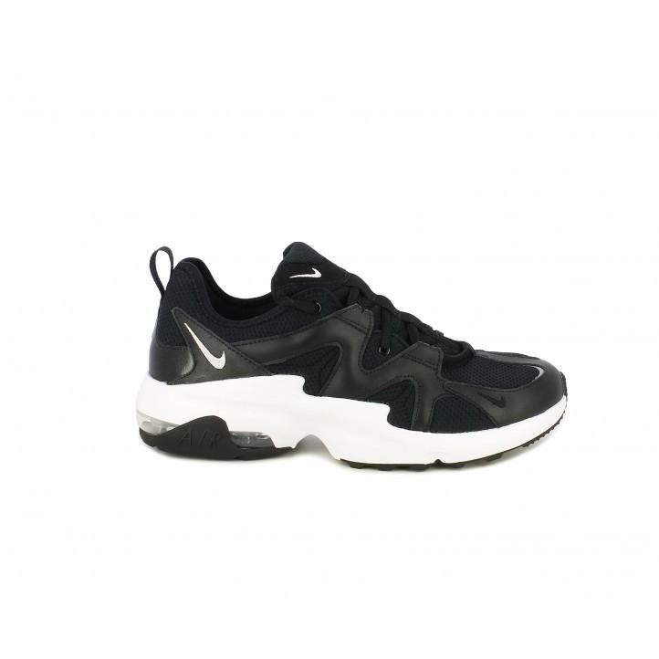 Sabatilles esportives Nike air max graviton negres amb sola blanca - Querol online
