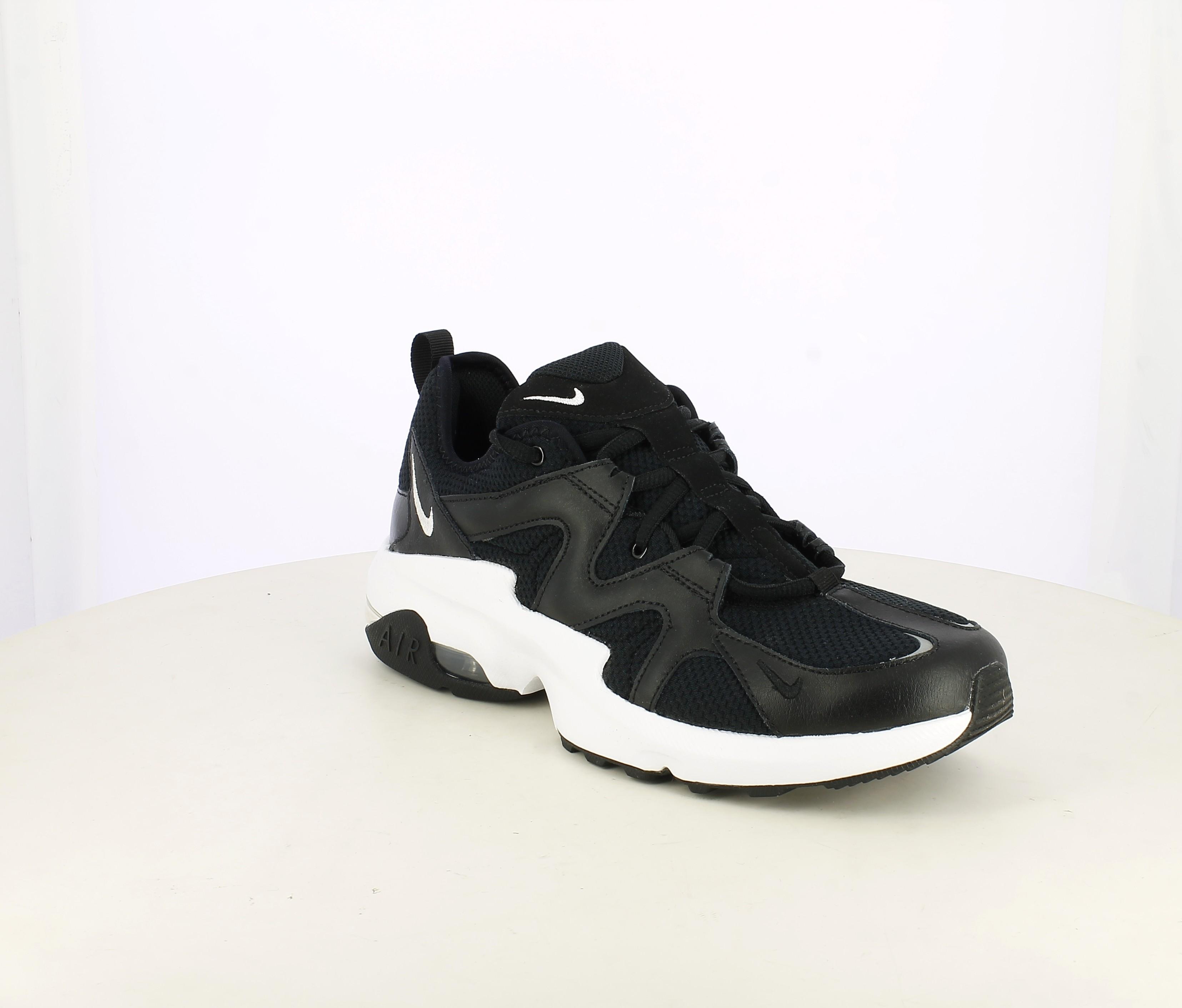 Premisa activación profundo  Zapatillas deportivas air max graviton negras con suela blanca Nike |  Querol online