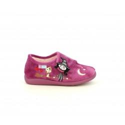 Zapatillas casa Garzon rosas con dibujo de bruja y gato - Querol online
