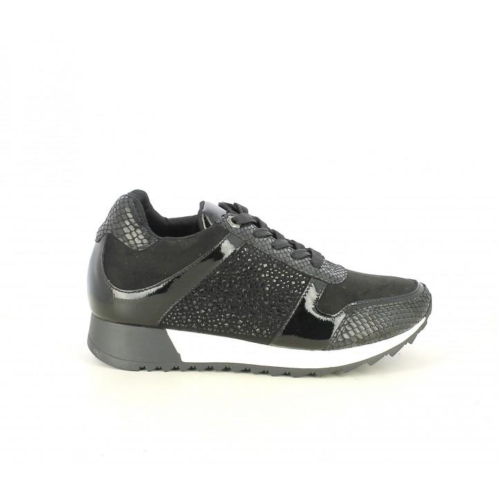 Zapatillas deportivas Funhouse negras con diferentes texturas y plantilla de piel - Querol online