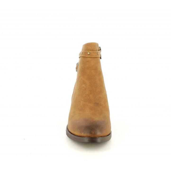 Botines tacón Maria Mare marrones con hebilla y tachas en el tobillo - Querol online