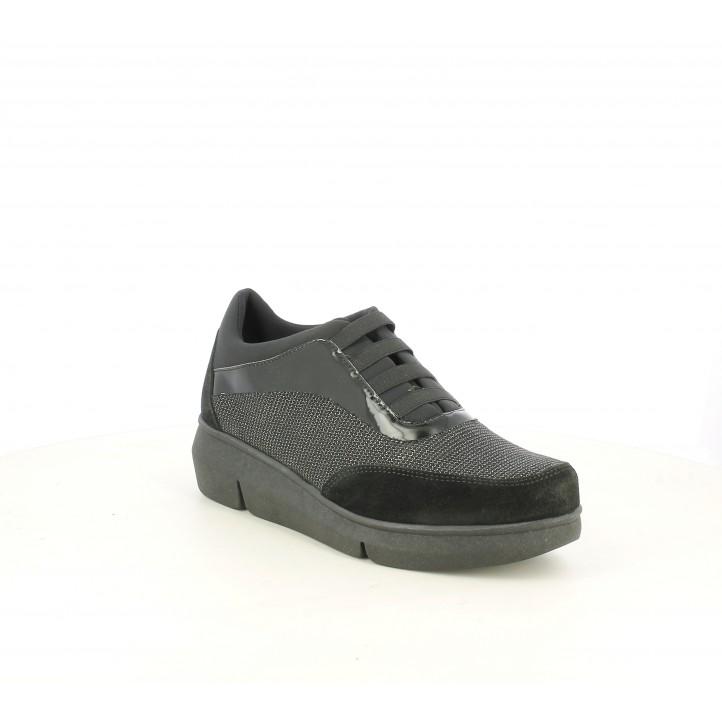 Zapatos planos The Flexx negros con plataforma, elásticos y detalles en charol y brillante - Querol online