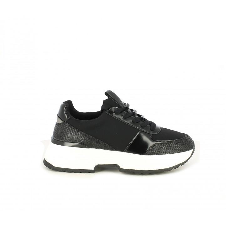 Zapatillas deportivas Funhouse negras de cordones con plataforma blanca y suela de piel - Querol online