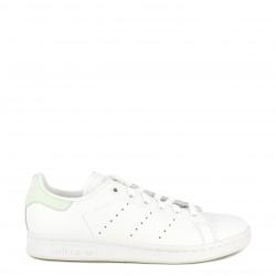 Zapatillas deportivas Adidas blancas con detalles en verde stan smith