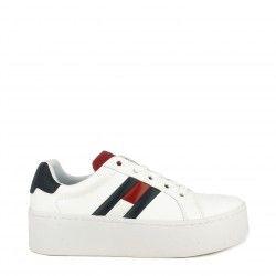 Zapatillas deportivas Tommy Hilfiger blancas con cordones y plataforma de 5cm con logo tommy jeans