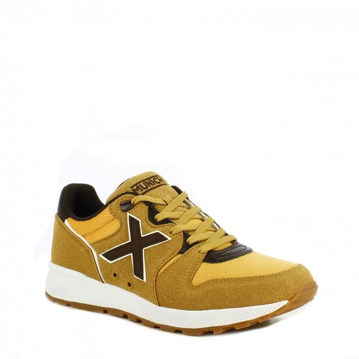 Zapatillas deportivas MUNICH beige y detalle en rojo con cordones suela de goma - Querol online