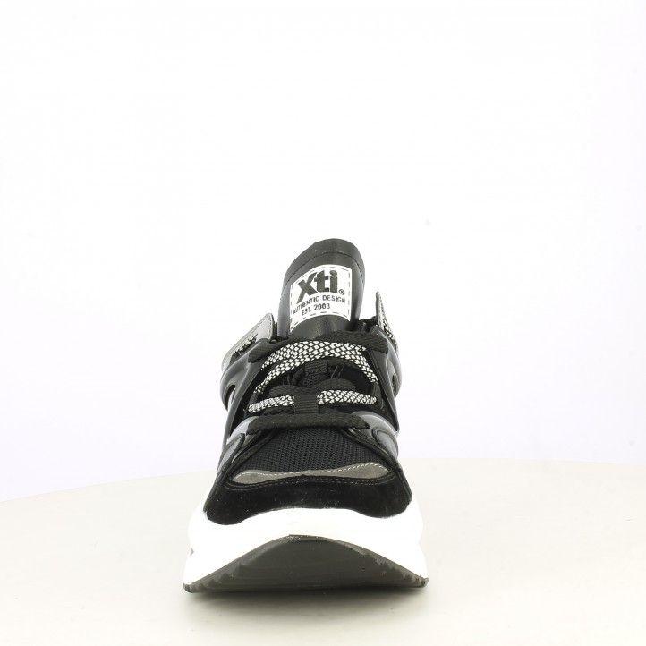 Sabatilles esportives Xti negra amb cordons sola de 5cm - Querol online