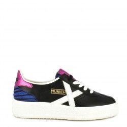 Zapatillas deportivas MUNICH negras con cordones barru sky 40