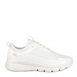Zapatillas deportivas Xti blanco con cordones y suela de goma muy ligeras