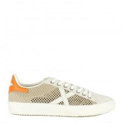Zapatillas deportivas MUNICH beige con tejido rejilla y detalles en naranja rete 33 - Querol online