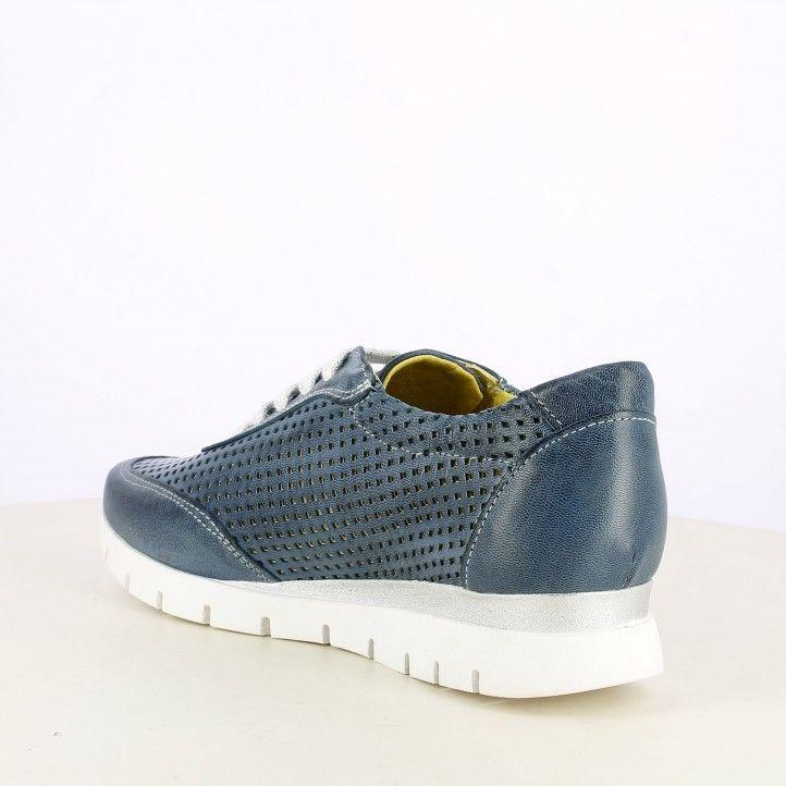 Zapatos planos Suite009 azules en piel calada con cordones en detalles plateados - Querol online