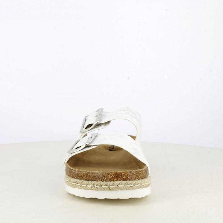 sandàlies K-TINNI blanques amb detalls en platejat tancament amb dues sivelles - Querol online