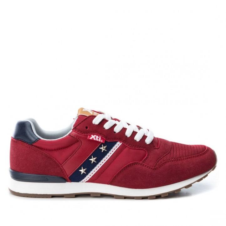 Zapatillas deportivas Xti rojas con detalle azul en el lateral - Querol online