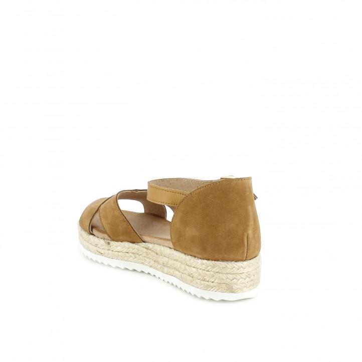 Sandàlies planes Redlove de pell marrons amb tires, sivella i plataforma d'espart - Querol online