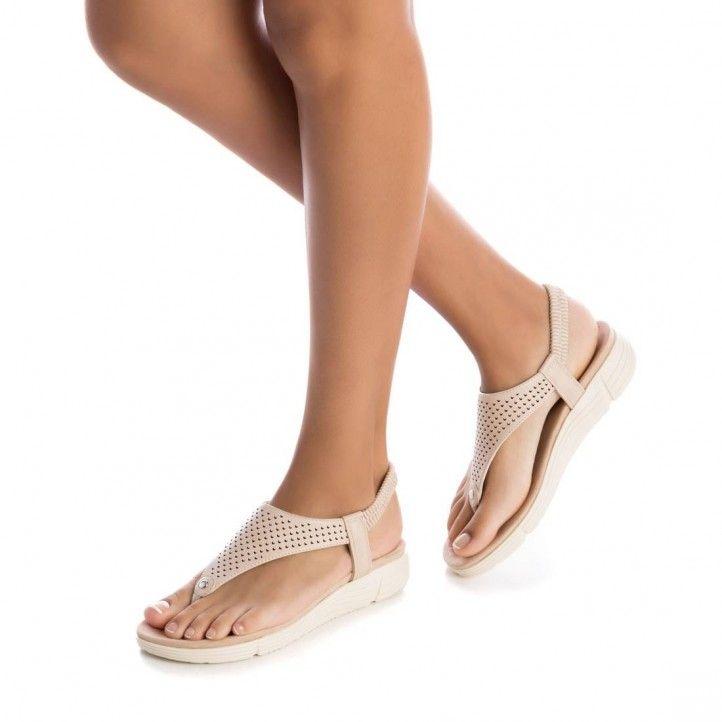 Sandàlies planes Xti beix amb una mica de tascó - Querol online