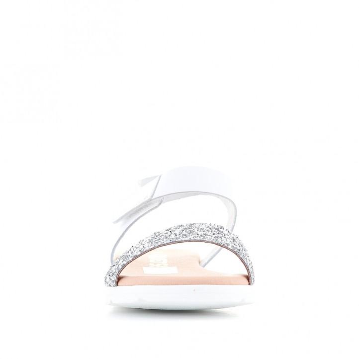 sandalias Redlove blancas con tira de velcro cogida al tobillo - Querol online