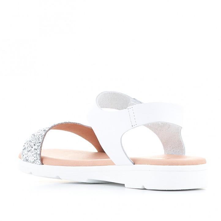 sandàlies Redlove blanques amb tira de velcro agafada al turmell - Querol online