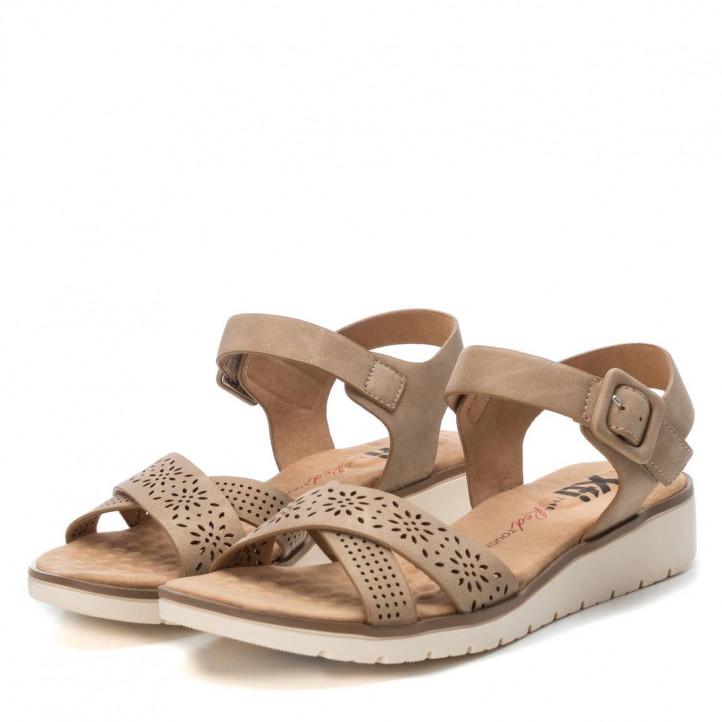 Sandàlies planes Xti 049942 color taupe - Querol online