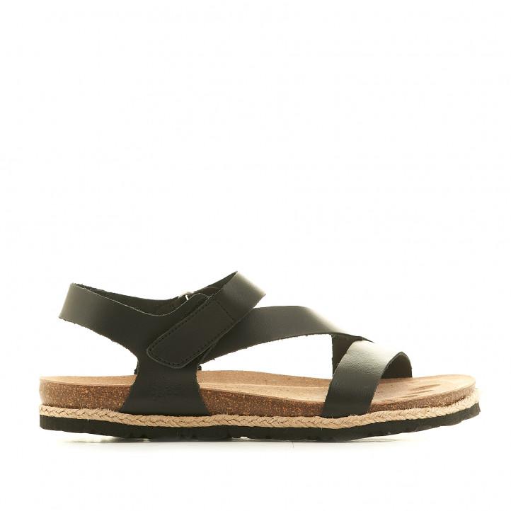Sandàlies planes Yokono negres agafades amb velcro - Querol online