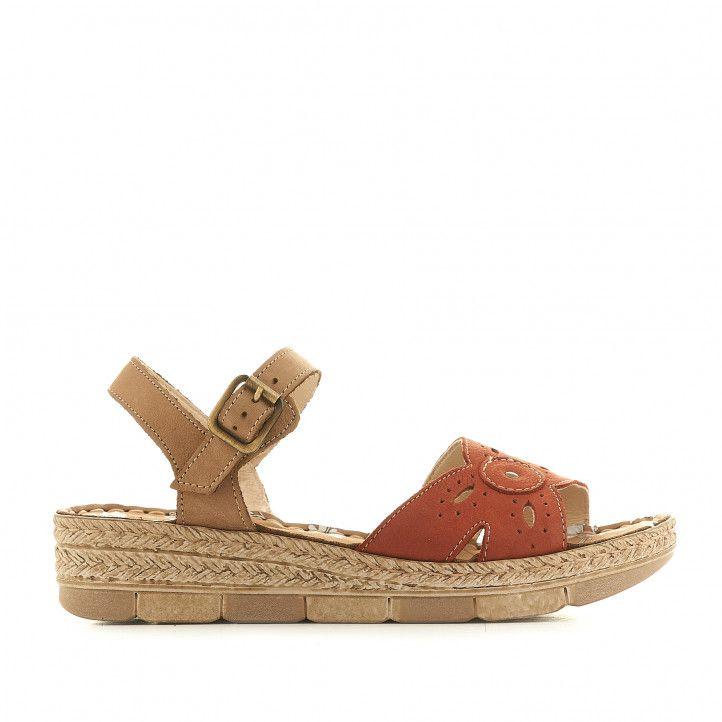 Sandàlies falca Walk & Fly vermelles agafades al turmell i amb detalls perforats - Querol online