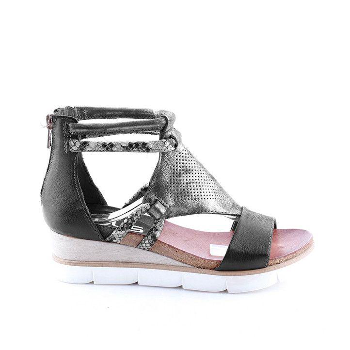 Sandalias cuña Mjus negras con metalizado y animal print - Querol online