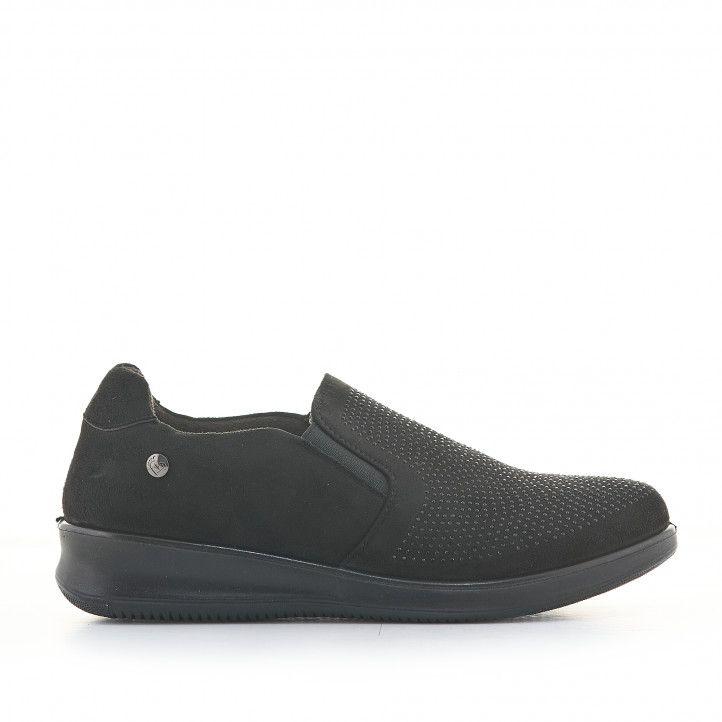 Zapatos cuña Amarpies negros de serraje con cuña y tachuelas negras - Querol online