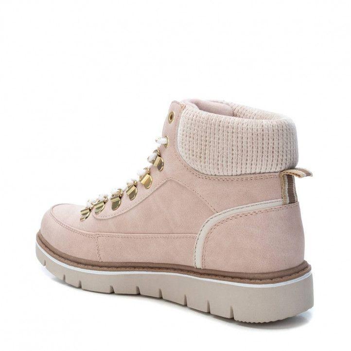 Botines planos Xti rosas con cordones y detalle textil en el tobillo - Querol online