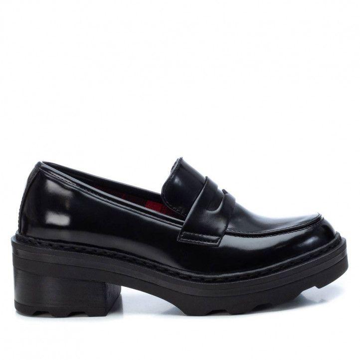 Zapatos tacón Xti negros con estampado interior tipo mocasín - Querol online