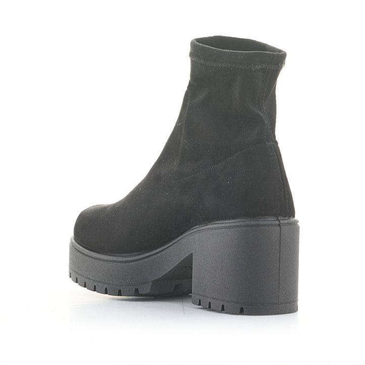 Botines tacón Victoria negros de antelina elásticos en el tobillo - Querol online